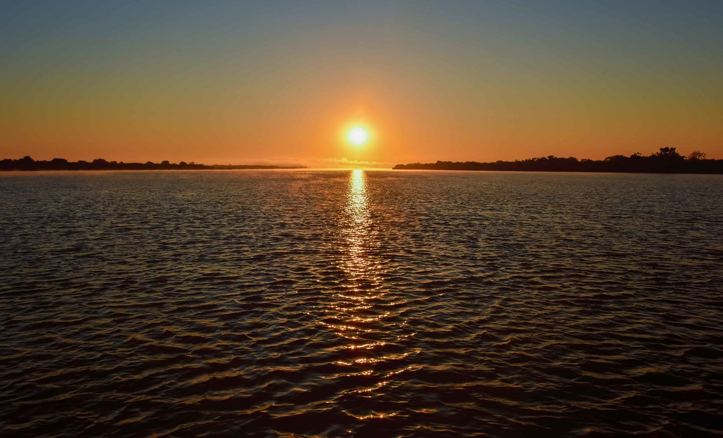 Sunrise at Manambolo River