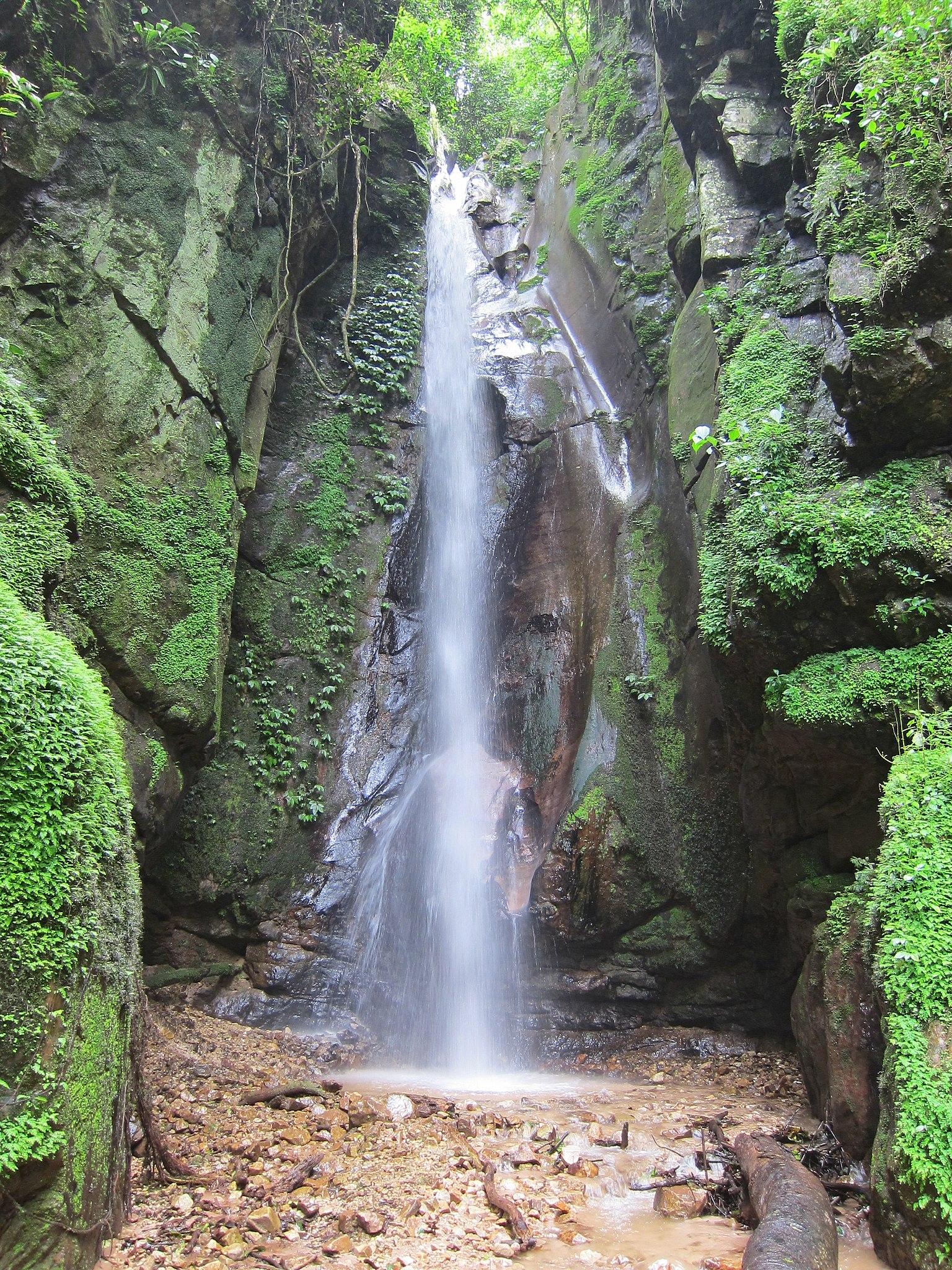 Marvel at the Kakombe Waterfall