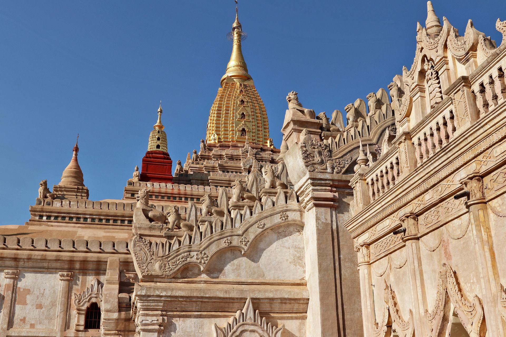 Explore the Ananda Temple