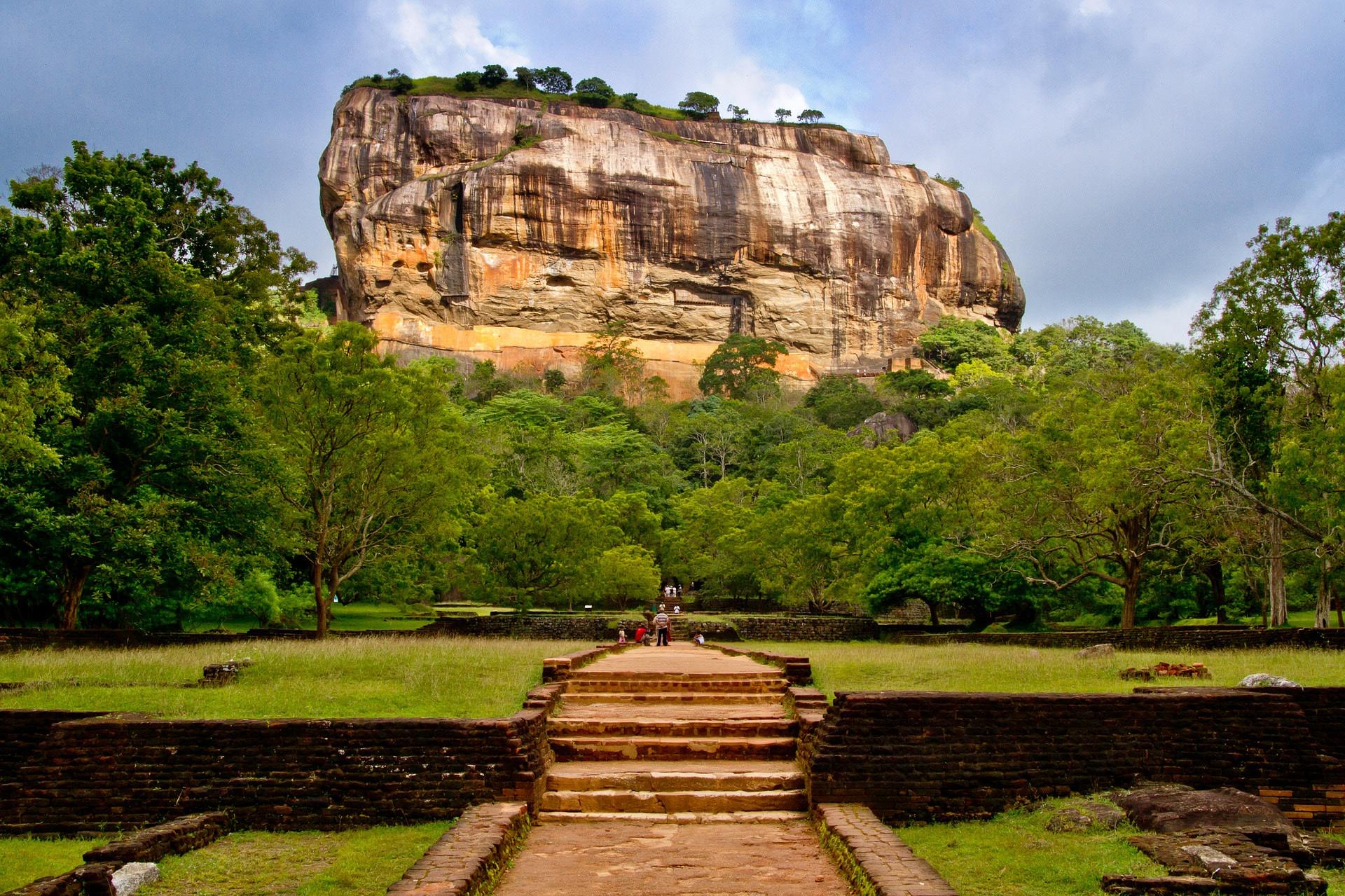 Make your way to the Sigiriya Rock