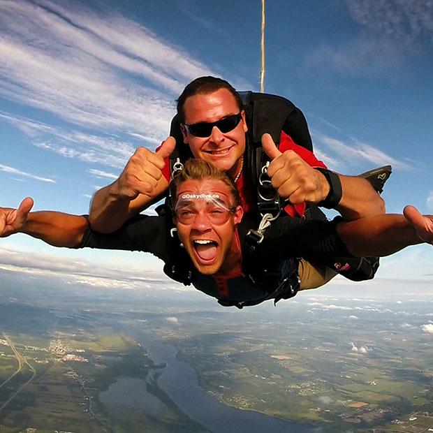 Parachute Gatineau-Ottawa Skydive (GO Skydive)