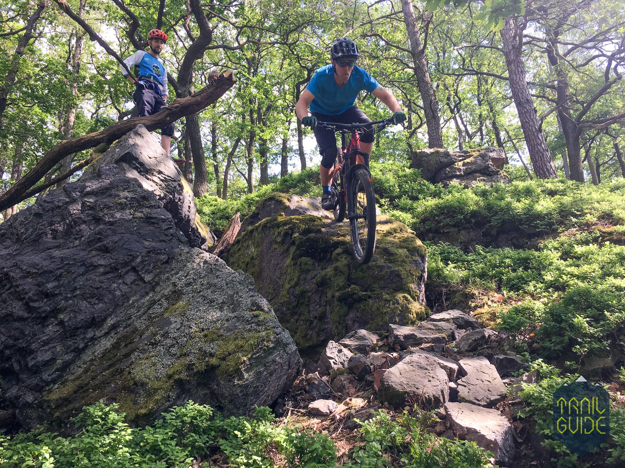 MTB-vyjizdka-allmountain-enduro-trail-guide-2_d7ue2t.jpg