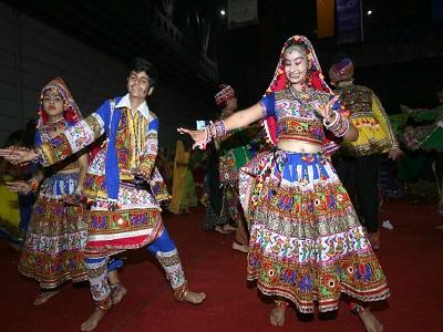 Eka Ras Garba 2017