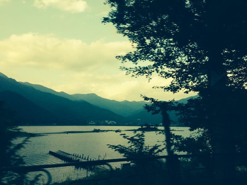 Tokyo to Mt Fuji by Train - Kawaguchi Lake