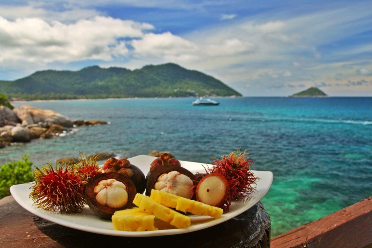 rambutan-lychee-hawaii-haleiwa