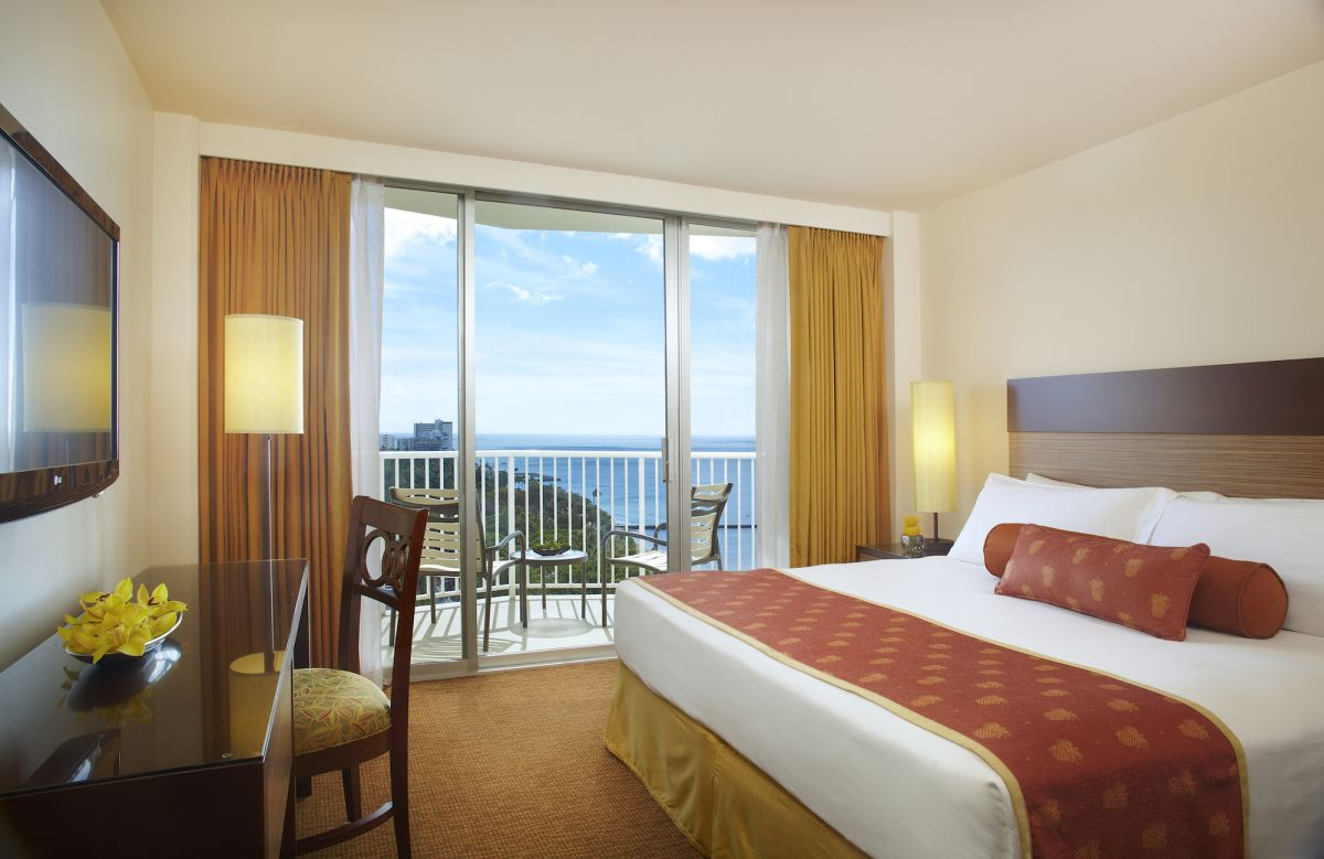 Park_Shore_Waikiki_Ocean_View