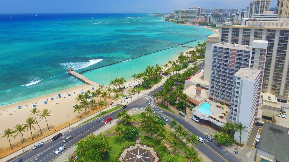 Park_Shore_Waikiki_Aerial_Exterior