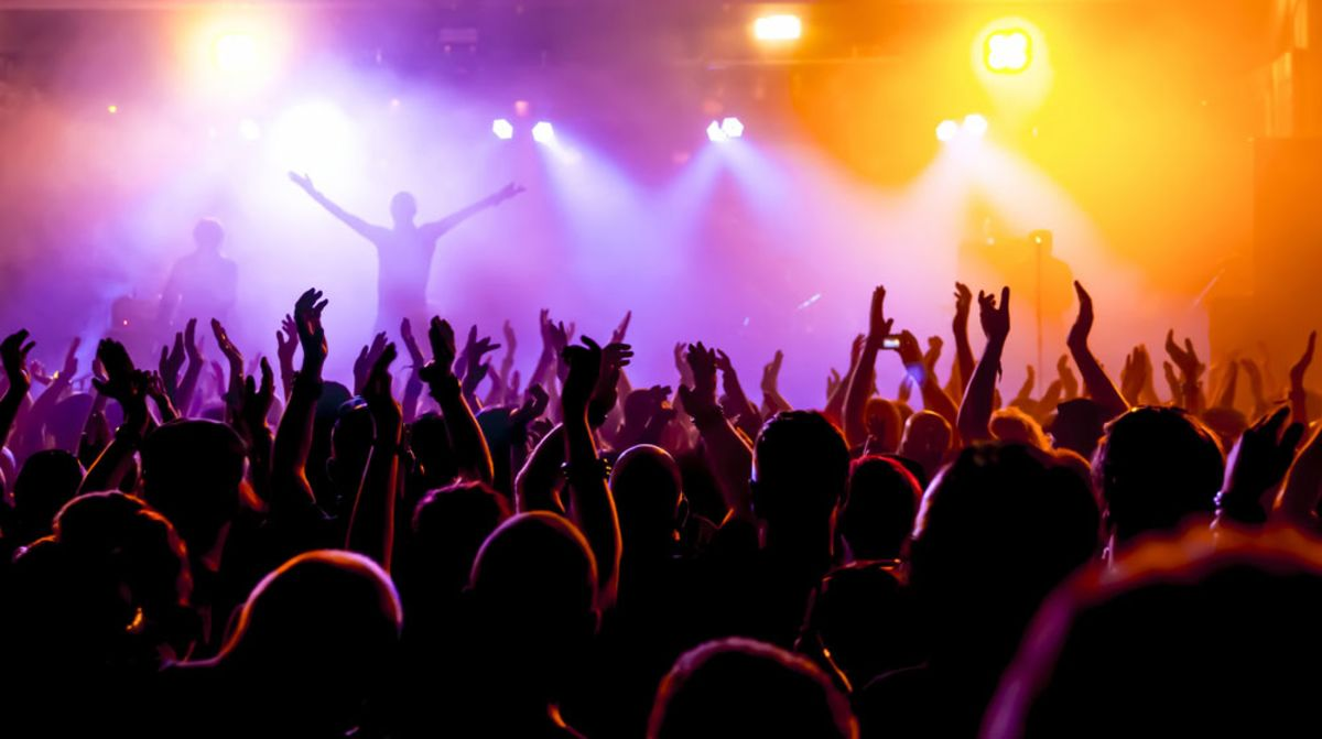 crowd-cheering-at-a-concert