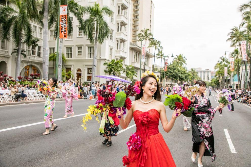 honolulu festival parade waikiki