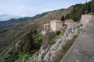 Monte Stella (Pazzano); Escursione alla Grotta degli Schirifizi