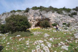 Case Provenzani (Placanica), Grotta degli Schirifizi