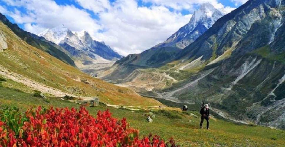 Essence of Kashmir; 6 Days Honeymoon Package