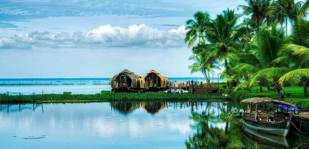 Valleys of Kerala; with Houseboat
