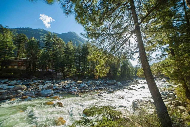 Trek to Kheerganga from Kasol - A Trip from Delhi