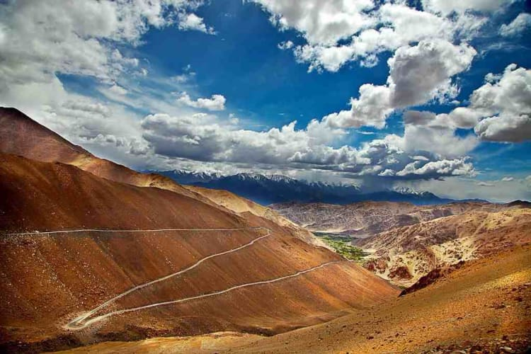 Ride away to Ladakh from Chandigarh; Bike Trip