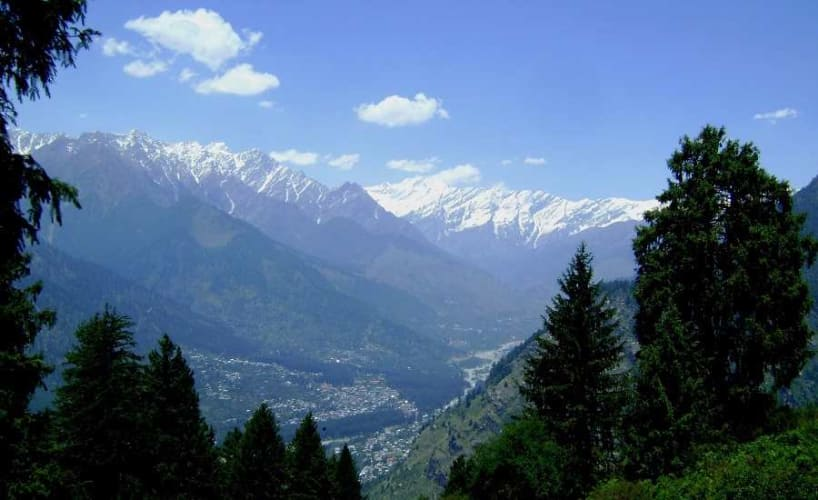 Hills of Shimla Manali; Family Holiday with Volvo from Delhi