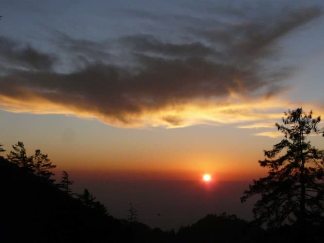 Holiday in Hills of Himachal; Cab Ex Chandigarh