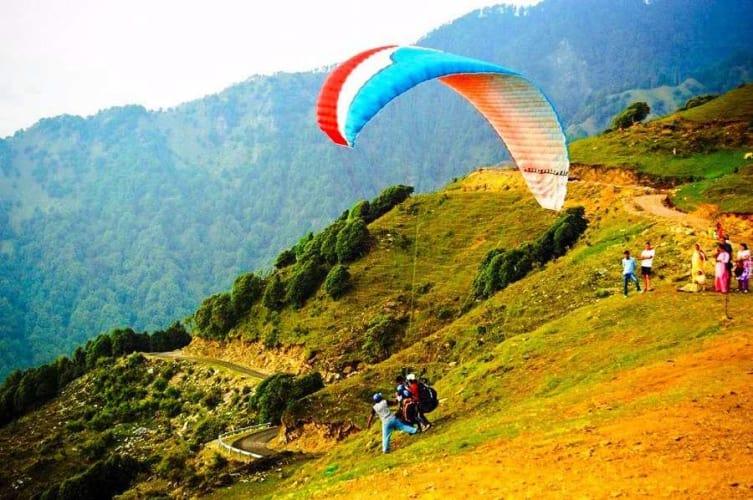 Adventure Weekend at Dharamshala; Paragliding at Bir Billing