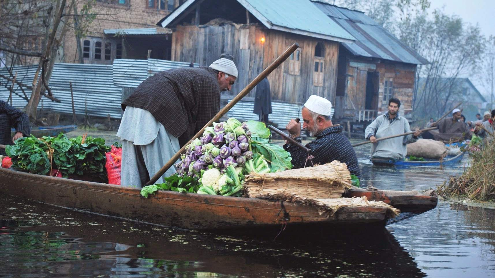 The Kashmir Diaries: Srinagar with one night on Houseboat!