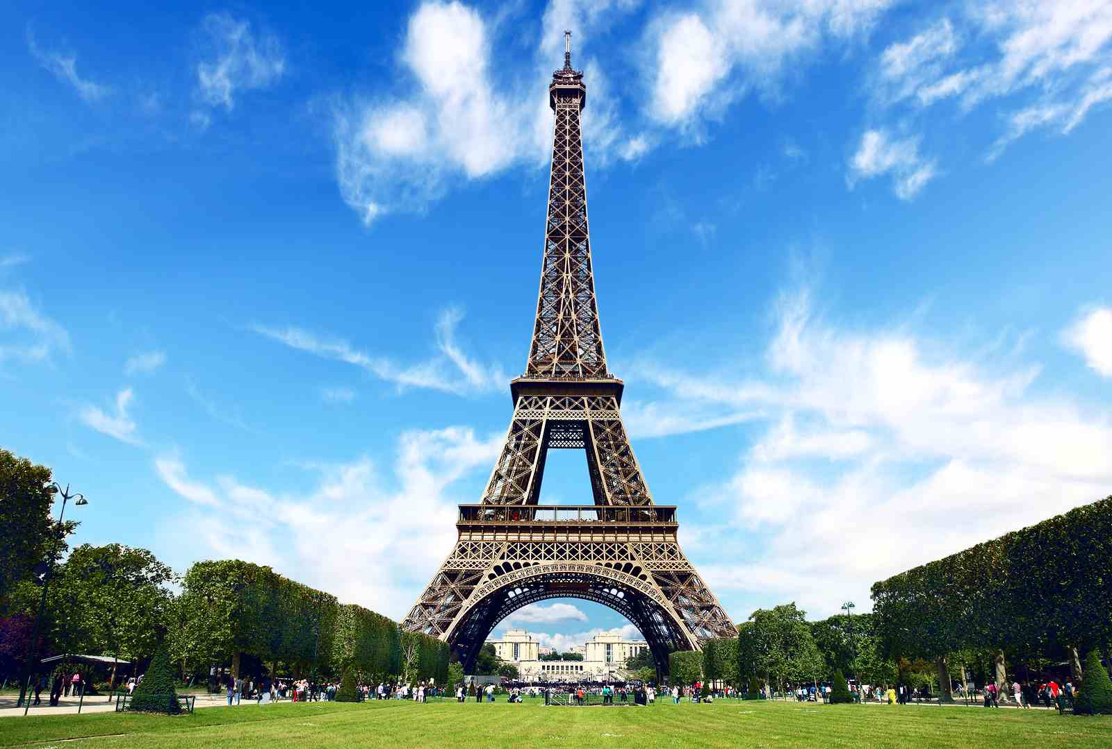 Europe Package 2017 to Switzerland & Paris 6 Nights Flights And Visa Included
