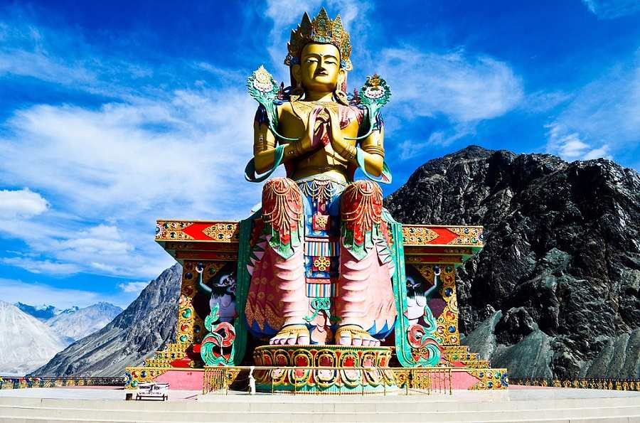 Ladakh Holiday Package; Flights Ex Delhi