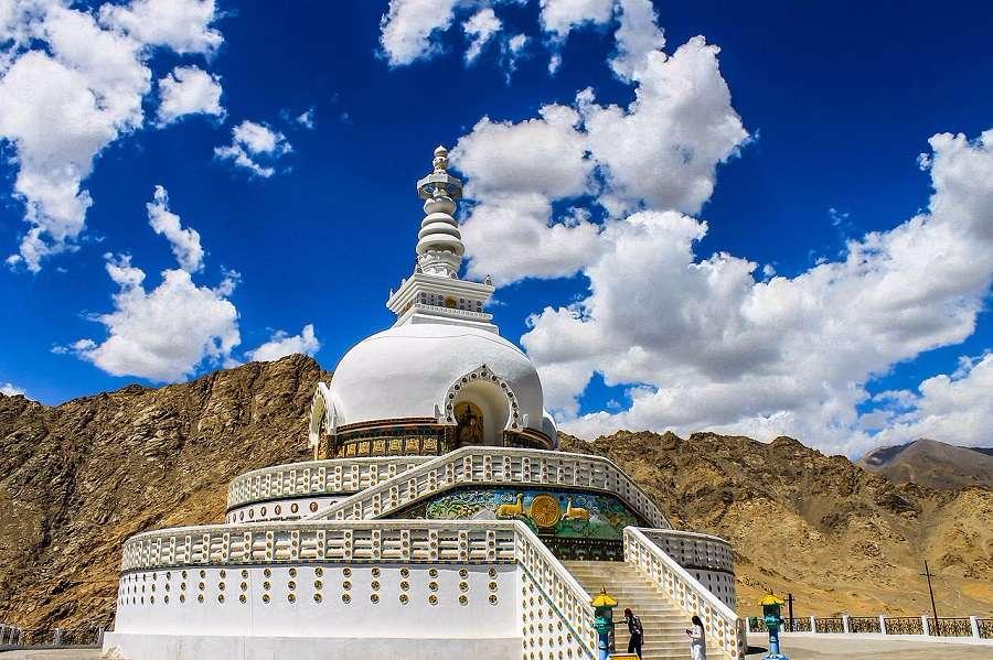 Ladakh Holiday Package; Flights Ex Delhi