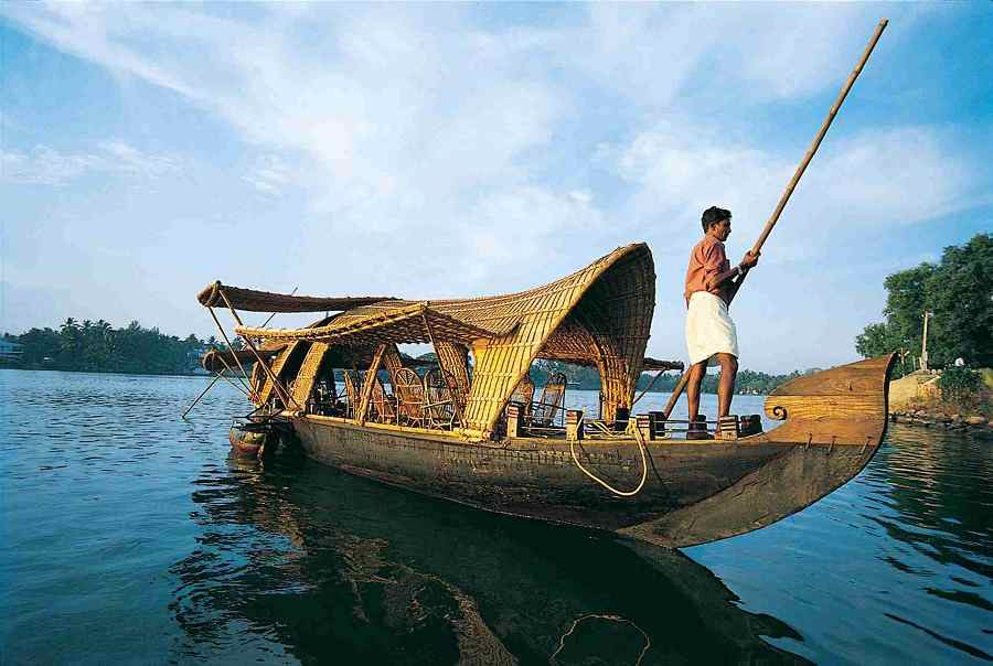 Kerala 7 days Honeymoon Package