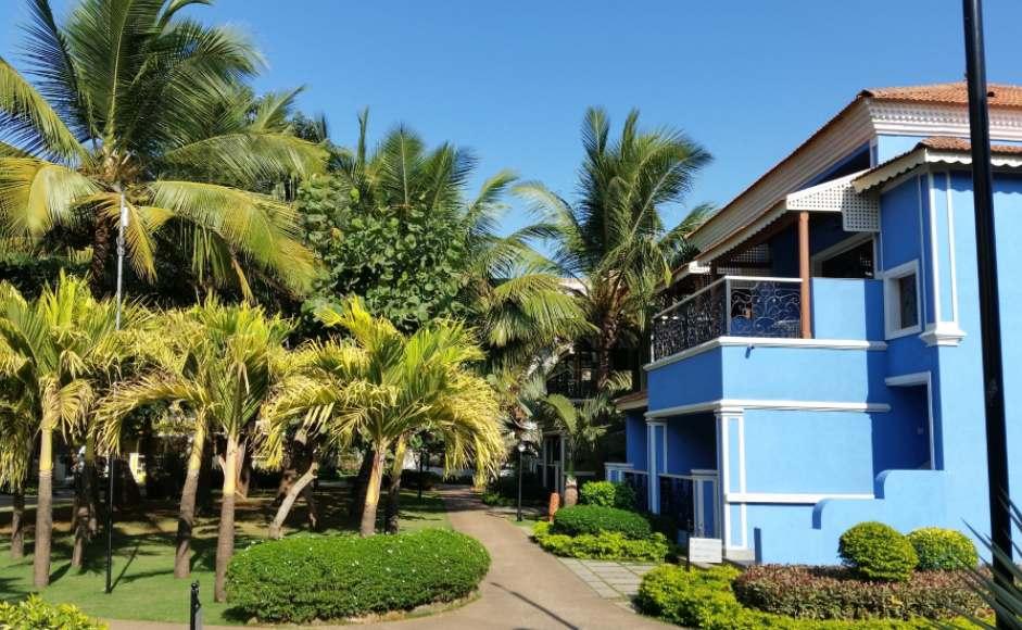 Luxury Goa Honeymoon at Radisson Blu Resort