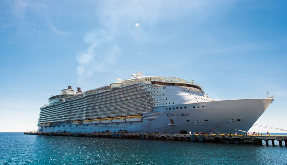 Oasis of the Seas; Cruising through Eastern Carribbean