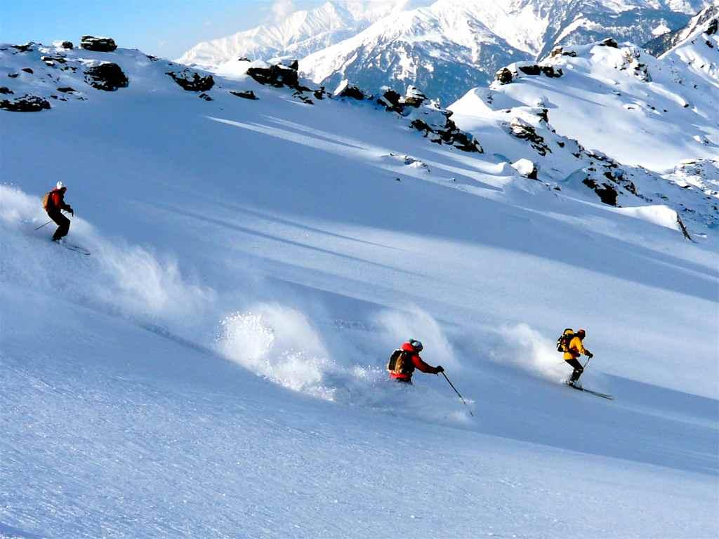 Auli Snow Escape; 4 Days Package