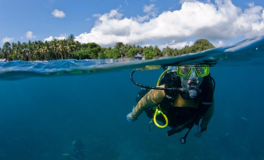 Exploring Indonesia Beaches; Bali and Gili Holiday Package