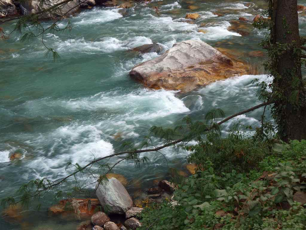 Trek to Kheerganga from Kasol - travel from Delhi