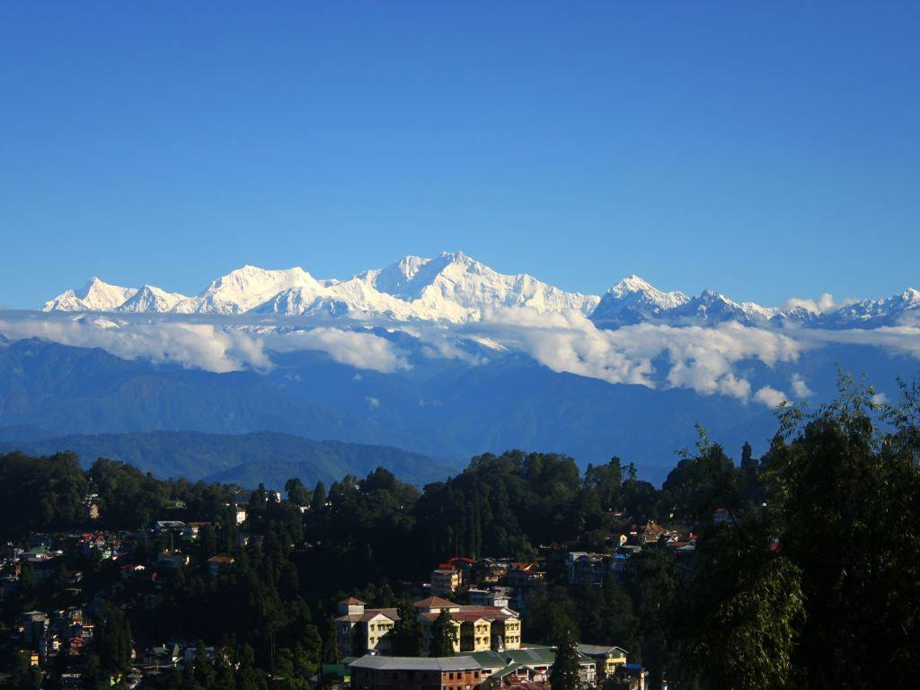 Perfect Holiday in Darjeeling and Gangtok : Travel from Delhi