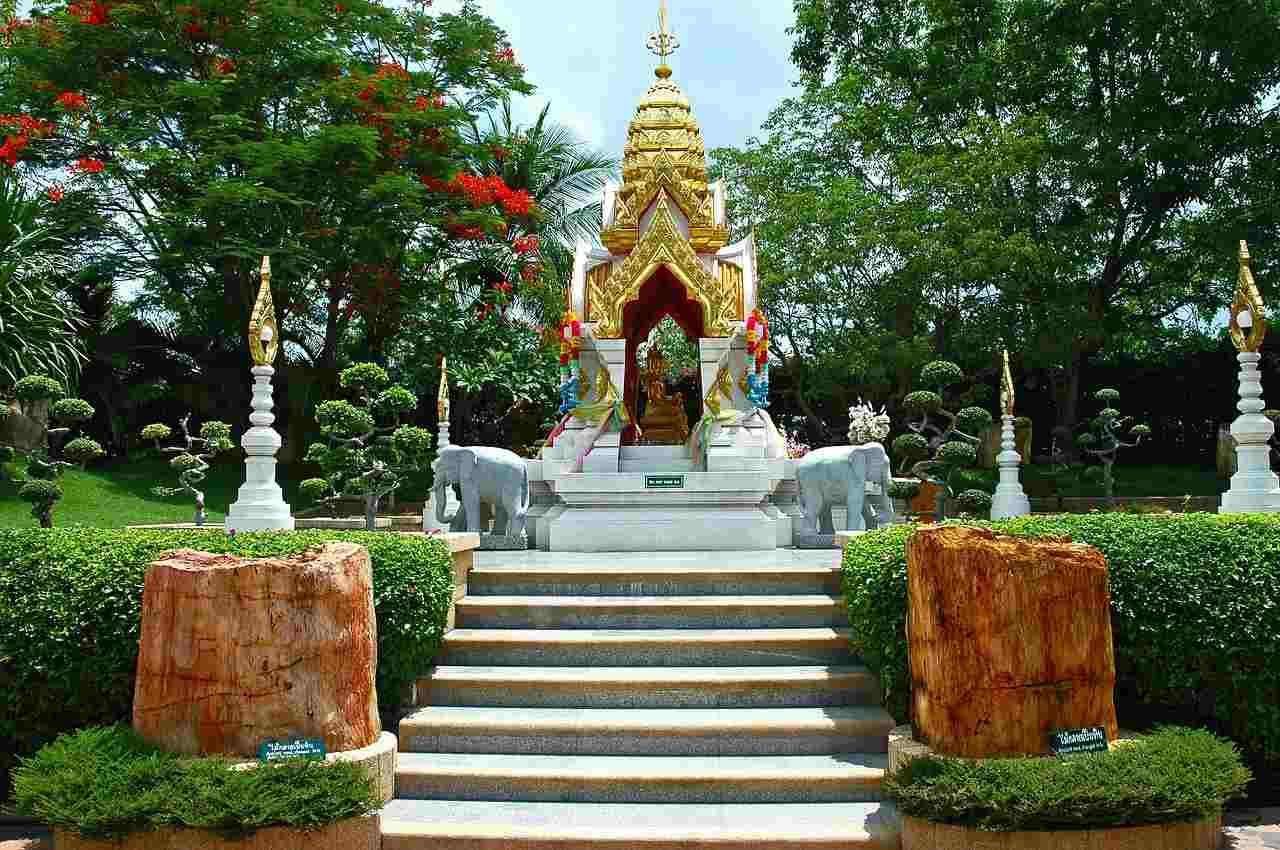 Thai Getaway with Pattaya and Bangkok