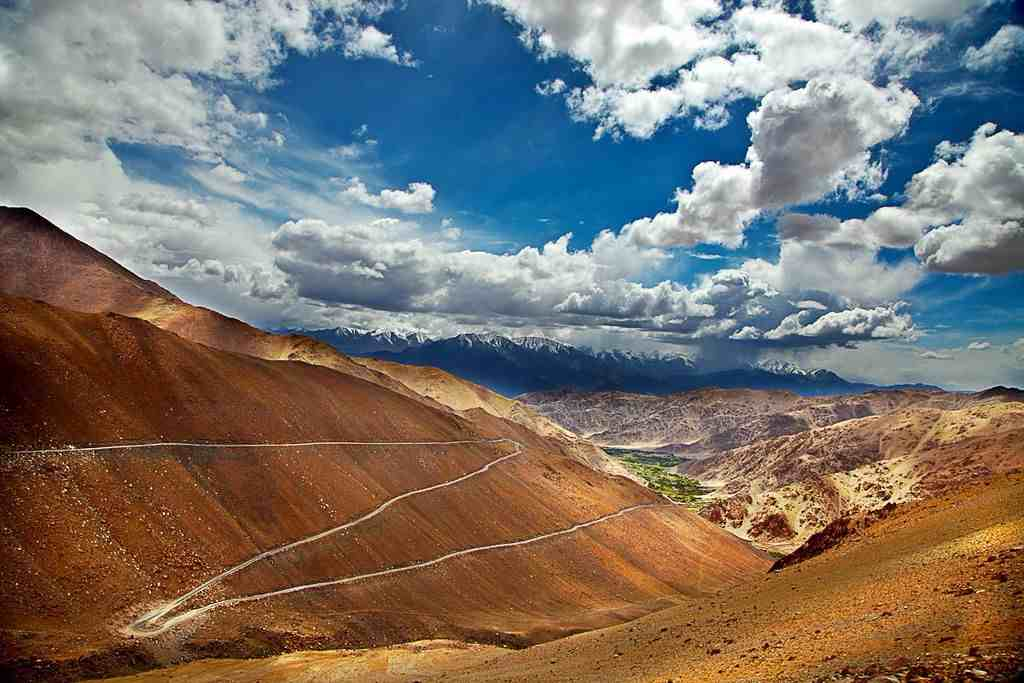 Ride away to Ladakh from Chandigarh; Bike Trip