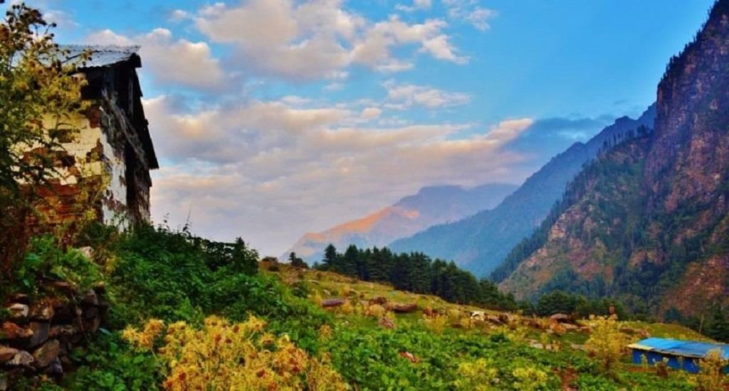 Kalga Pulga Kheerganga Trekking Trip