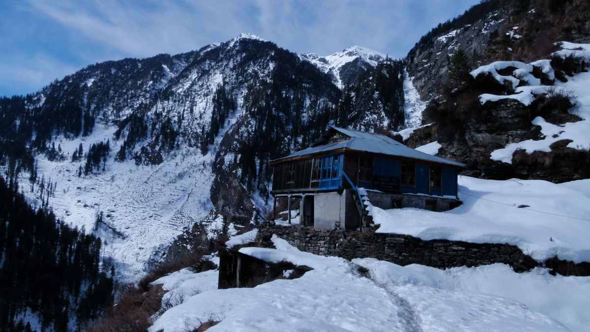 Secrets of Manali - An Offbeat Camping Experience
