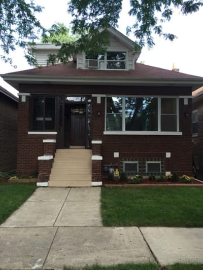 4 Bedrooms/2 Full Bathrooms Single Family Home - Sold 1/10/2017