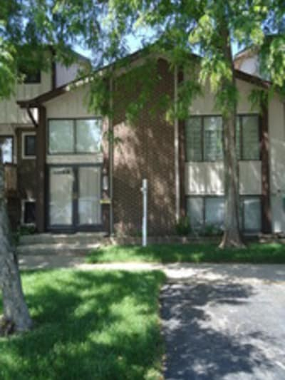 2 Bed/2 Bath, Townhouse, Roselle, Il. 60172 SOLD 07/2016