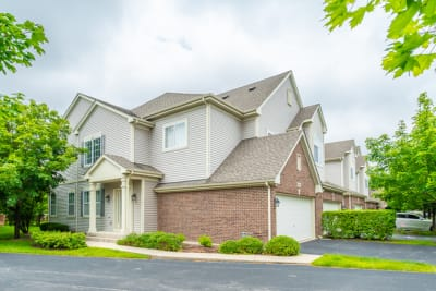 Immaculate move-in Ready. Most desirable Floor Plan. 2 Story Townhouse