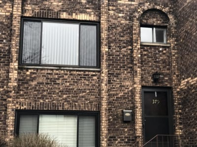 Just Remodeled! 1 Bedroom Townhouse