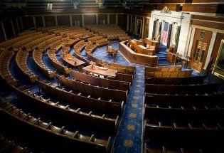 美国的新政治:阴谋和不实信息