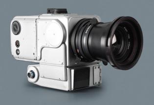 50年前,NASA把哈苏相机留在了月球