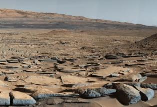 看似荒芜却持续活跃的火星,不断展现生命与宜居的证据