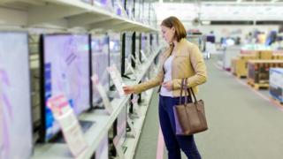 智能电视为什么那么便宜