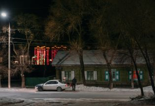 在中俄边界,疫情之下被冻结的贸易和生活
