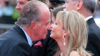 西班牙国王和他的情人 还有皇宫的那头大象