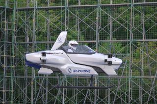 日本飞行汽车初次成功载人试飞