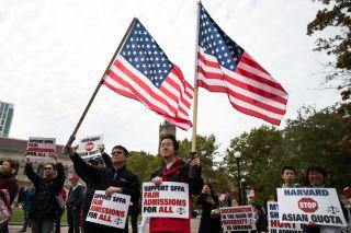 美国大选前,这些华人家庭为何争吵不休