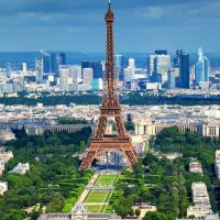 DF à Paris